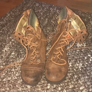 Shoes - Brown Patch Fold Over Combat Boots Size 9